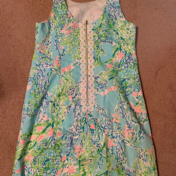 Lilly Pulitzer Cathy shift size 10